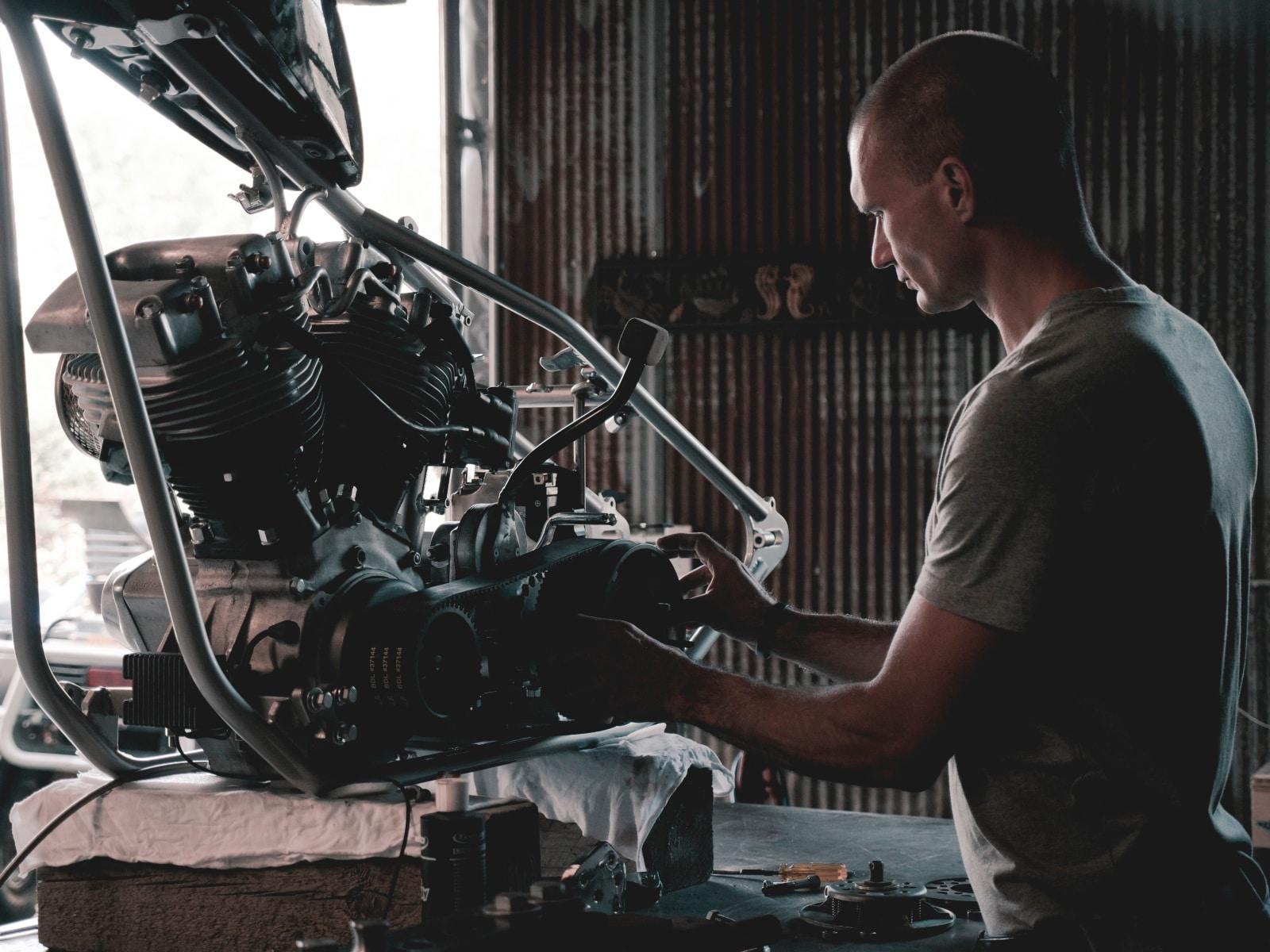 car engine repair service in UAE